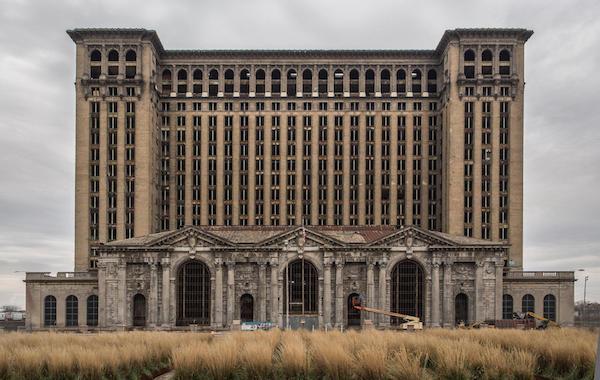在废墟上,底特律正在复兴