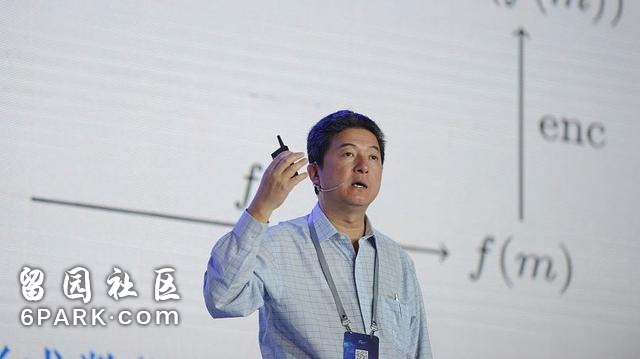 """张首晟为什么被杨振宁说是""""早晚获得诺贝尔奖""""的人?"""