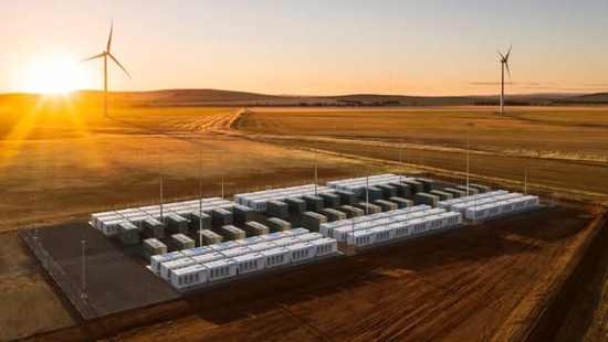 马斯克押注澳洲电网获巨大成功 电池储能前景光明
