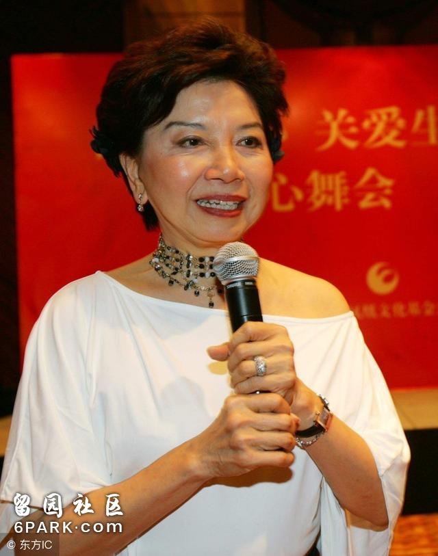"""中国顶级""""富三代"""",香港最大的包租公,每年收租300亿!"""